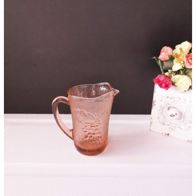 Pot a lait Kig Indonesia en verre rose