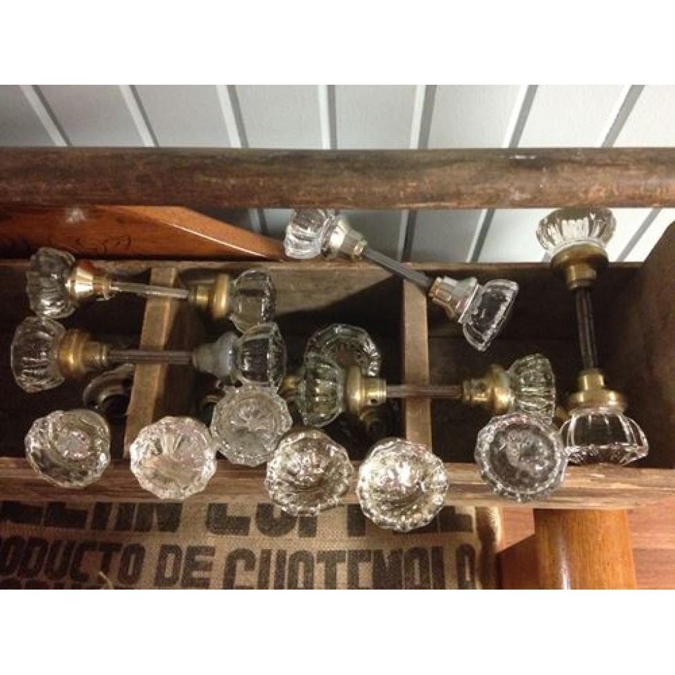 poign es de porte en verre antique vintage. Black Bedroom Furniture Sets. Home Design Ideas